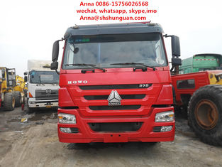 China Red 30 Tons Tipper Truck 13000 Kg Vehicle Weight Manual Transmission supplier
