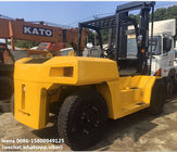 used diesel 2012 model 15ton komatsu forklift truck FD150E-7  low work hrs widely used in ports and factory