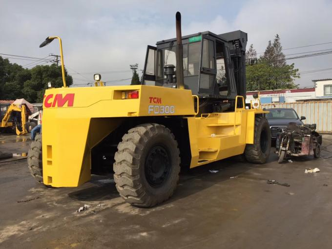 Japan second hand Komatsu 15ton forklift , FD150E-7 15t capacity forklift for sale